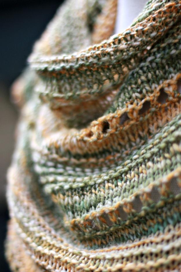textured shawlette detail
